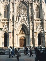 St_Patricks_Cathedral_1990.jpg